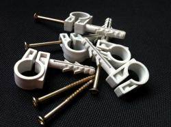 хомуты кабель провод труба