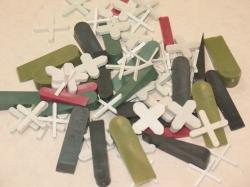 пластиковые клинья для лаг