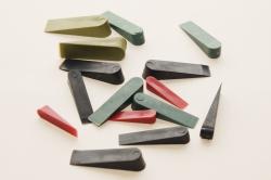клинья монтажные пластиковые оптом