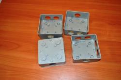 коробка монтажная 100х100х50