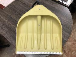 Снегоуборочная жёлтая лопата 440*460.